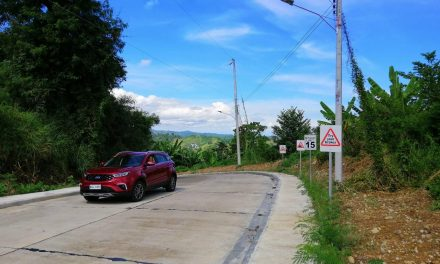 Driving the Ford Territory Around MisOr